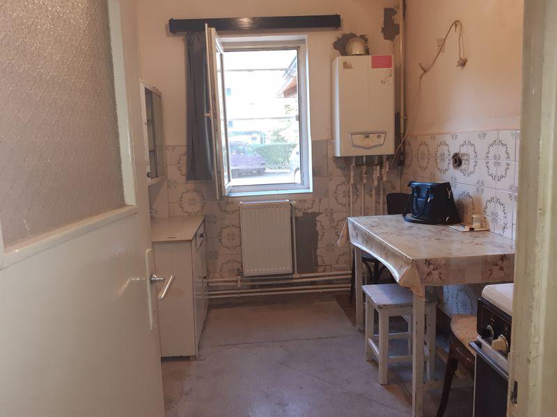 Vanzare apartament 2 camere, confort 1, micro 9 Targoviste