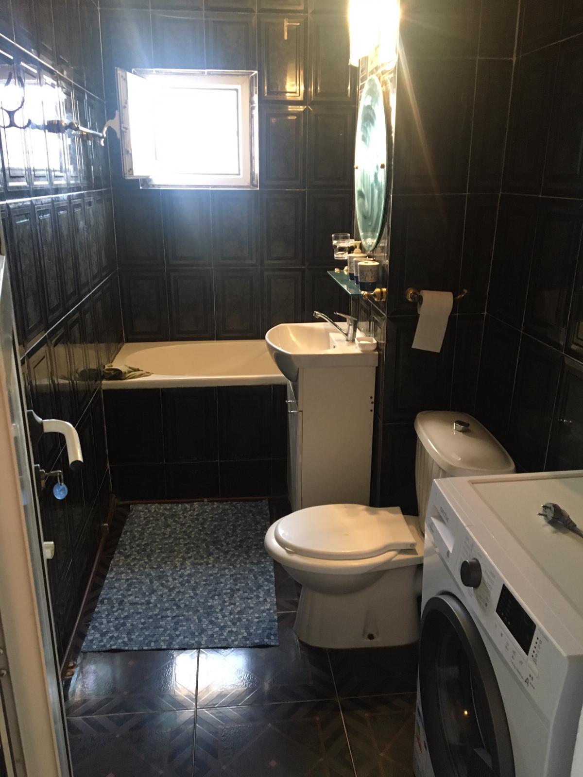 Inchiriere apartament 3 camere, micro 8 Targoviste