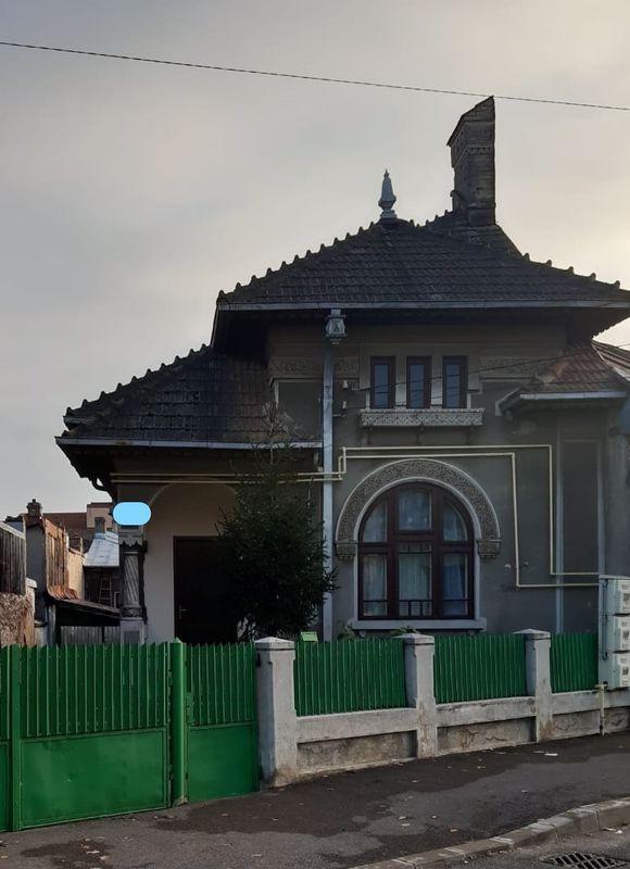 Vanzare casa , zona ultracentrala Targoviste