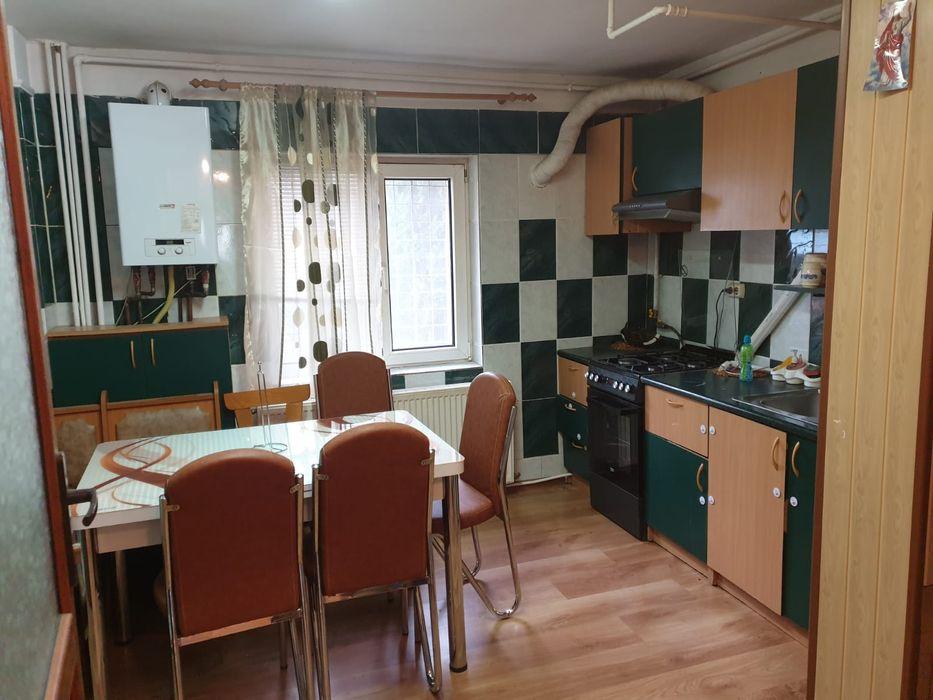 Vanzare apartament 4 camere, micro 3 Targoviste