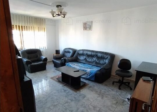 apartament-de-vanzare-3-camere-targoviste-micro-3-157869356