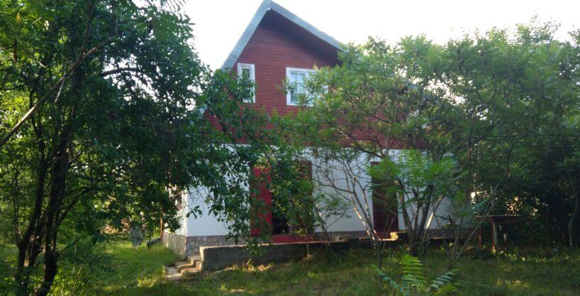 Vanzare casa de vacanta cu piscina , comuna Iedera, Dambovita